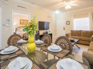 3 Bedroom Cozy Townhouse In The Gated Resort Of Lucaya Village. 2960LH1-103