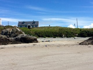Borth Esgob holiday cottage, Rhoscolyn (with mooring)