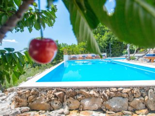 Oganic Gardens Villa - One Great Vacation
