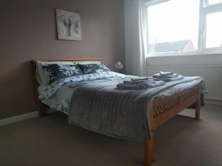 Oakdale - Large Double Room
