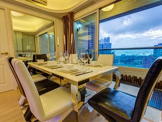 4BR+3BATH CITYLIGHTS!*SEAVIEW*PENTHOUSE*BIG*BALCONY*KOWLOON
