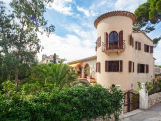 SIPELLS - Chalet for 8 people in CALA MILLOR