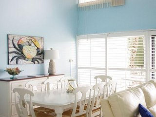 Three Bedroom, Three Bathroom Mere Footprints to the Beach Unit 64