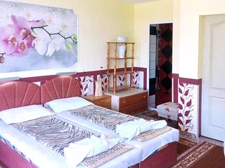 Triple Deluxe Room in Summer House Villa
