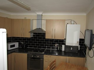 4 Bed Room Flat close to Stratford