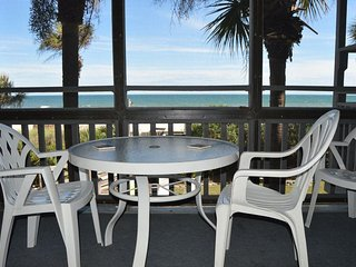*NEW LISTING*  3 Bdrm / 2.5 Bath ~ 1st Floor ~ Direct Oceanfront ~ Free Wifi