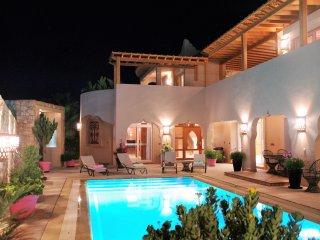 LES ARCADES Villa de luxe piscine sans vis-à-vis - Personnel de maison