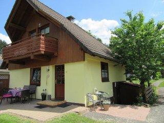 Charmantes Ferienhaus mit Seeblick für 8 Personen