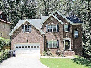 AMAZING!!! HOME NEAR HARTSFIELD JACKSON AIRPORT!!