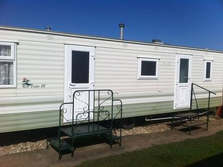 2 bed 6 berth caravan