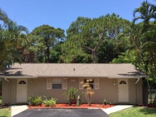 #3 Secluded country feeling within walking distance to shopping, near beach