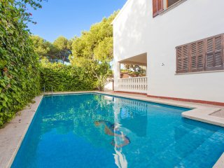 VILLA ESPERANZA - Villa for 10 people in PLATGES DE MURO