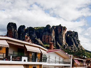 Cosy Room for 3 with Beautiful View of Meteora