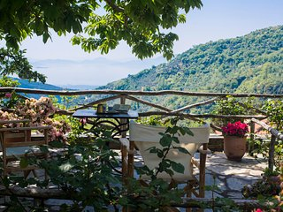 Bella Vista Pelion Mountain Cottage