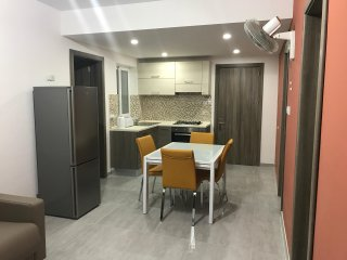 st Julians (Paceville) 2 Bedroom apartment (E)