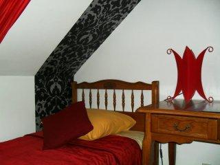 chambre 2 lits simples  au calme à la campagne au nord d 'Amiens