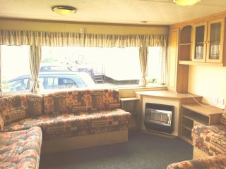 N row 2 bed Caravan at Sand Le Mere