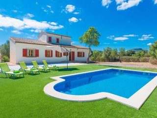 CAN BERNAT - Wonderful villa with private pool for 6 to 8 people in Son Servera