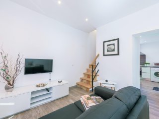QUINZE GERMANS - modern terraced house in Port d'Andratx for 4 people