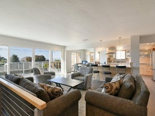 Stunning Morro Bay Heights Home, Fully Remodeled and Pet Friendly