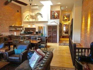 "Luxury Historical ""Pony"" penthouse in downtown Basalt near Aspen"