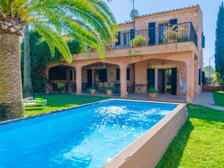 NA CARMETA - nice villa in Es Llombards for 8 people