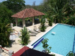 VILLAS CASA LOMA (Villa 4) - FLAMINGO BEACH'S BEST KEPT SECRET FOR OVER 30 YEARS