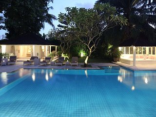 5BR Seminyak Family Villa! Near BEACH