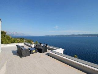 New! Villa Mirna, amazing sea views & heated pool