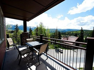 Premier Building at Purgatory - Ski in/Ski Out - Awesome Views - Corner Unit