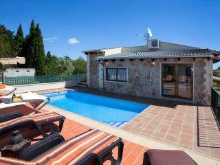 REFUGI DE LES AGUILES - Villa for 7 people in Lloseta