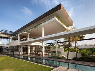 5 Bedrooms Luxury Villa Suami in Canggu, Bali