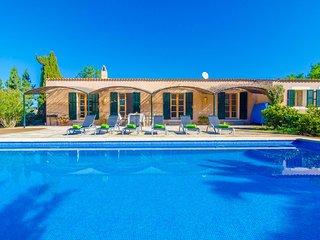 PETIT LLOMBARDS - Villa for 6 people in Es Llombards