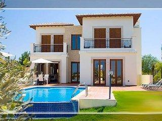 Halcyon Villa