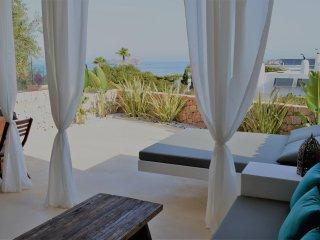 Casa ibicenca con increiblea vistas al mar
