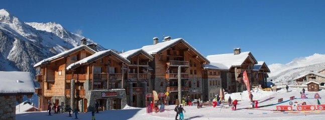 Mariel, luxury ski-in ski-out apartment