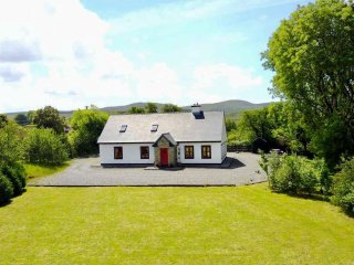 Red Deer Cottage in Stunning Location (Free Wi-Fi)