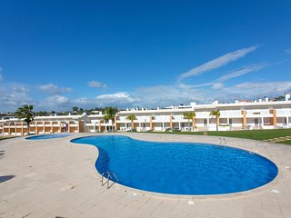 Stylish townhouse, Branqueira, Albufeira, Algarve