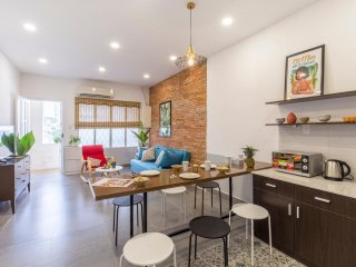 Spacious Apartment In central Ho Chi Minh City District 1