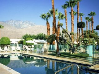 1BD CONDO ~DESERT ISLES OF PALM SPRINGS~ Mins To Downtown/No Resort Fee's/Wifi