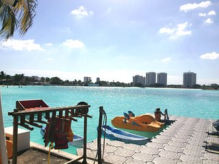 Hermosa Suite vista a Laguna artificial gigante