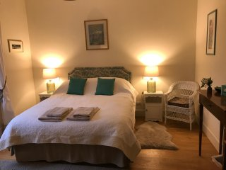 The Cherry Room with large double bed and private bathroom