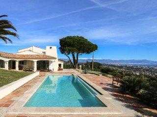Charmante villa au calme avec vue panoramique exceptionnelle
