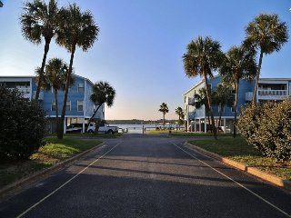 Waterfront 2BR/2BA at Sea Oats G203 Newly Remodeled Gulf Shores, AL