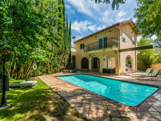 Gorgeous Home w/ Pool in Studio City