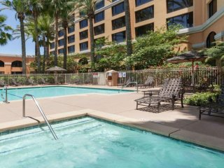 Spacious 2 Bedroom At Anehim Near Disney!