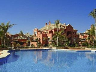 Luxury 2 bedroom Penthouse in Vasari Resort