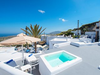 Tholos Arched Villa, Jacuzzi with Sea view