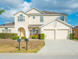 Spacious 6 Bedroom Orlando Villa - Lake View 744