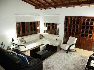 5 Bedroom House Next to El Tesoro Mall
